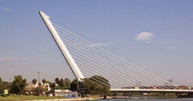 """La ONU declara el Puente del Alamillo """"Pene de la Humanidad"""""""